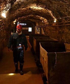 地下矿山地压微地震监测系统
